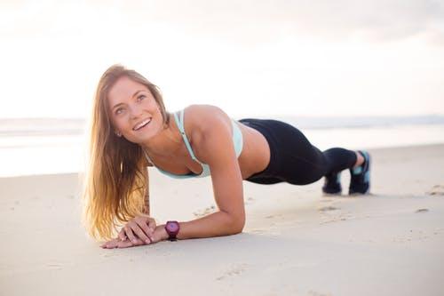 Rechte plank tijdens core training
