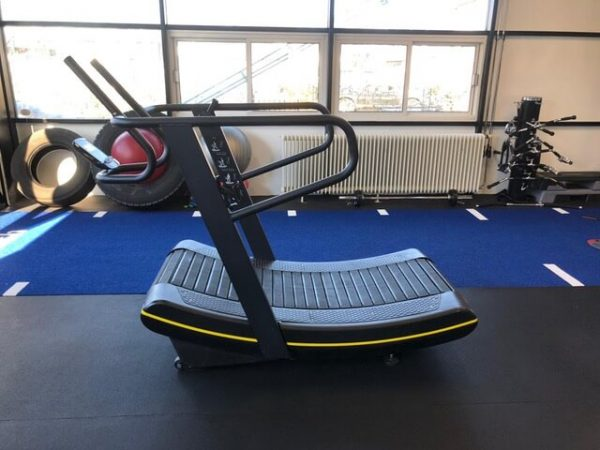 curved treadmill platinum